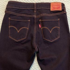 Levi's 711 Skinny Jeans in dark wash